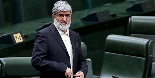 احمدینژاد جسارت بیشتری داشت